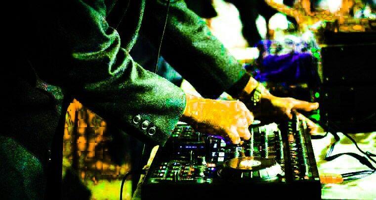 18 01 @ 20:00 (EET) OnlineDJRadio pres  DJ Rahil with Smooth